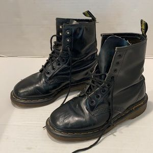 Vintage Dr Martens Made in England  Lace Up Boots